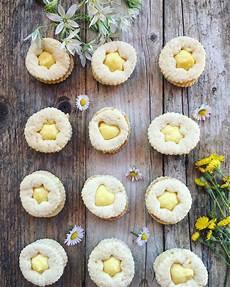 crema pasticcera con biscotti sbriciolati biscotti con crema a limone una cucina a pois