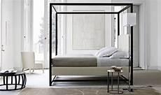 letti baldacchino moderni baldacchino un letto regale letti