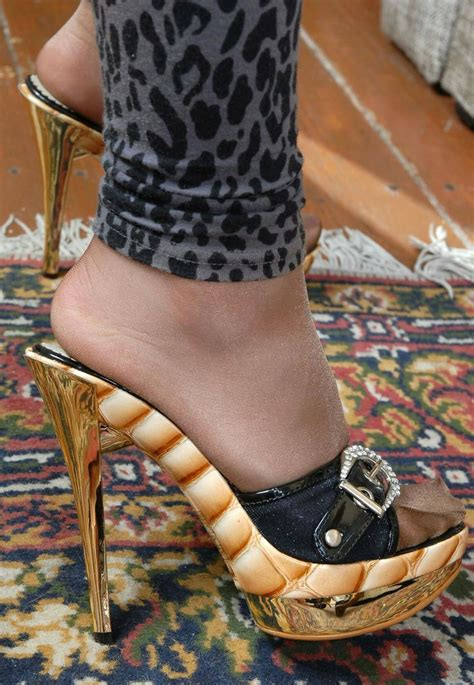 Sexy Pretty Feet And Shoes