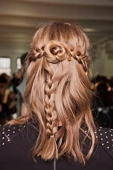 a pretty hairstyle pretty hairstyles to wear at christmas and holiday parties glamour