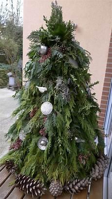 Weihnachtsbaum Aus Gr 252 Nschnitt Basteln Dekoration