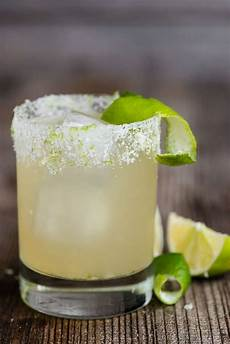 perfect classic margarita recipe self proclaimed foodie