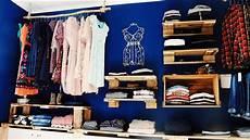 Kleiderschrank Offen Selber Bauen - ᐅ schrank aus paletten begehbarer kleiderschrank aus