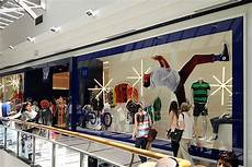 State Mall Gap by Gap Opens Store In Uruguay With Neutral Duty Free