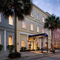 218 best charleston houses images pinterest christmas decor christmas ornaments and diy