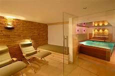 wellnessbereich selber bauen spa burg hotel obermoschel hilpert feuer spa