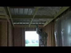 toit plat en tole icynene isolation d une toitrue en bac acier dans le 53