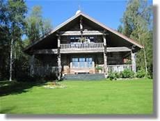 Dreischichtplatte Altholz Finnland Haus