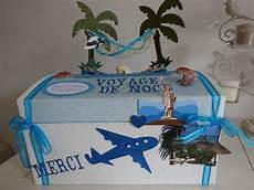 Urne De Mariage Sur Le Th 232 Me Du Voyage De Noce Et Du Bleu