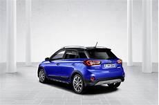 hyundai i20 active automatik spec 2018 hyundai i20 active facelift revealed