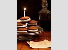 chocolate whoopie pies_image