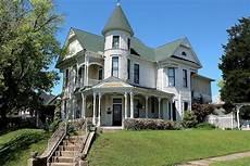 House Style - augustus m garrison house