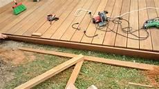 bricolage pose de led sur terrasse bois