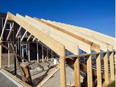 renovation charpente prix charpente traditionnelle avantages prix devis toutes