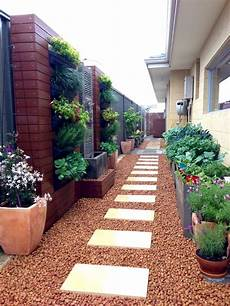 40 Stunning Side Yard Garden Design Ideas Googodecor