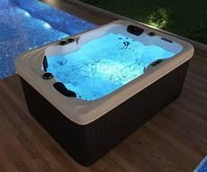 Outdoor 2 Personen - tub whirlpool outdoor 41 d 252 sen heizung ozon g 252 nstig