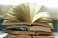 Bücher - b 252 cher buchseiten lesen 183 kostenloses foto auf pixabay
