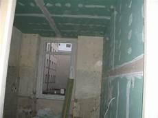 Bauimnetz Spachteln Und Schleifen