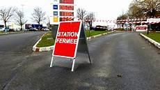 En Picardie La Ru 233 E Vers Les Stations Essence Vide Les Cuves