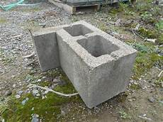 3 Pallet Lot Of 12 Quot Quot L Quot Corner Blocks Concrete