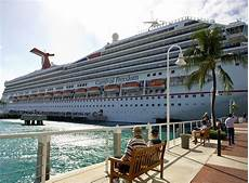 carnival cruise lines bans offensive clothing the