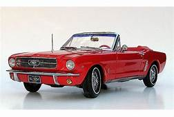 ERTL Precision 100  Scale 1/18 1964 1/2 Ford Mustang
