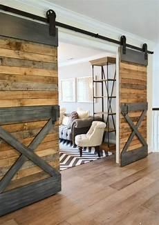 Wohnideen Aus Holz - schiebet 252 ren aus holz eine tolle option f 252 r den wohnraum