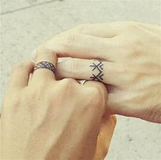 awesome ideas for tattoo rings for couples who want
