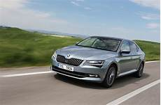 skoda superb laurin klement 2015 skoda superb 2 0 tdi 150 laurin and klement review