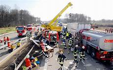 Autobahn 5 Nach Unfall Stundenlang Gesperrt Polizei