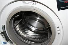 hausmittel gegen stinkenden abfluss was tun gegen stinkende waschmaschine hilfe die
