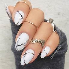 marble nails easy way to create trendy manicure convenile