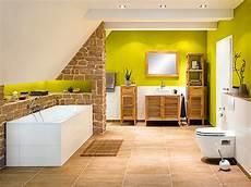 Badezimmer Unterm Dach - badideen f 252 r b 228 der mit dachschr 228 ge bauhaus