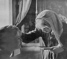credenze popolari italiane gli antichi rimedi dei nonni contro malocchio e malanni