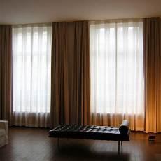 rail au plafond pour rideaux les 25 meilleures id 233 es de la cat 233 gorie rail rideau sur