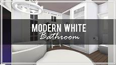 Bloxburg House Bathroom Ideas by Roblox Welcome To Bloxburg Modern White Bathroom