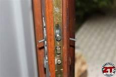 changer serrure porte changer entretenir votre serrure de porte