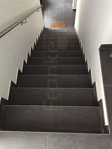 Geflieste Treppe Renovieren - topcollection leo black bodenfliese anthrazit 30x60 cm in