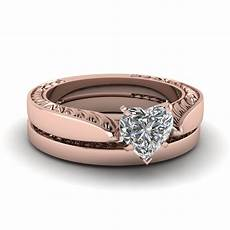 tapered engraved heart shaped solitaire wedding ring in 14k rose gold fascinating diamonds