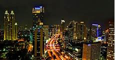 Indahnya Jakarta Di Malam Hari Business Lounge
