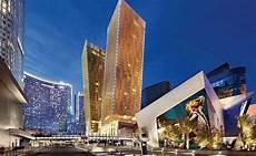 las vegas 8 5b luxury development weathers the recession