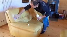 renovation canapé cuir comment r 233 nover et entretenir un canap 233 en cuir