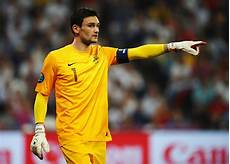 Fans Think Tottenham Is Worst Place For Hugo Lloris