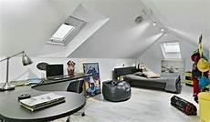 Jugendzimmer Dachschräge Einrichten - schlafzimmer dachschr 228 ge 33 ideen f 252 r den schlafbereich