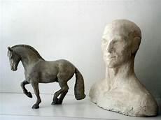 Beton Pferd Piaffe Und Beton Mann B 252 Ste Beton