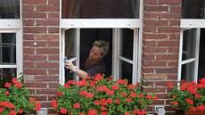 Fensterputzen Leicht Gemacht - richtig fenster putzen streifenfrei reinigen leicht