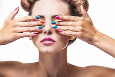 barvy na nehty kdy緇 za n 225 s mluv 237 barvy lak na nehty style