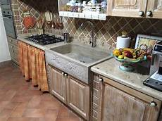 top cucina marmo prezzi top cucina in travertino lucido stuccato a resina trasparente