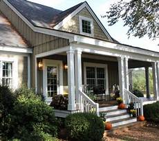 southern house plans with porches love this front porch at talkofthehouse this is a