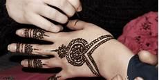23 Gambar Henna Simple Tapi Keren 100 Gambar Henna Tangan